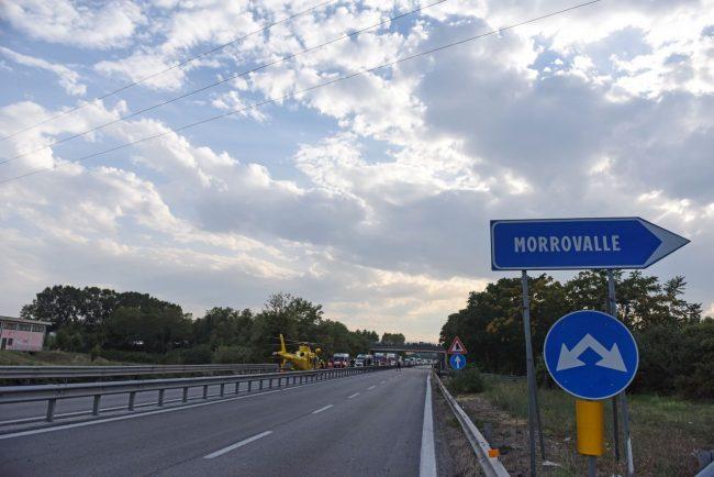 incidente-auto-moto-superstrada-morrovalle-FDM-2-650x434