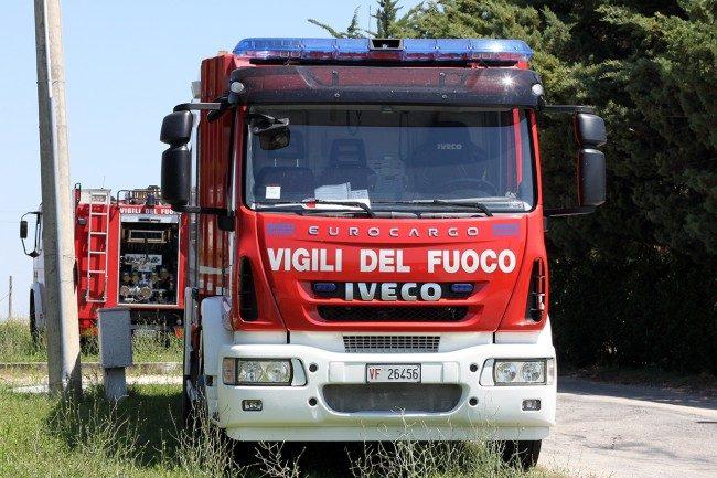 vigili-del-fuoco-archivio-arkiv-82-650x433