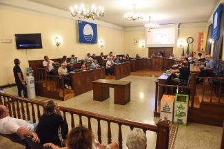 consiglio-comunale-agosto-civitanova-FDM-9-325x217