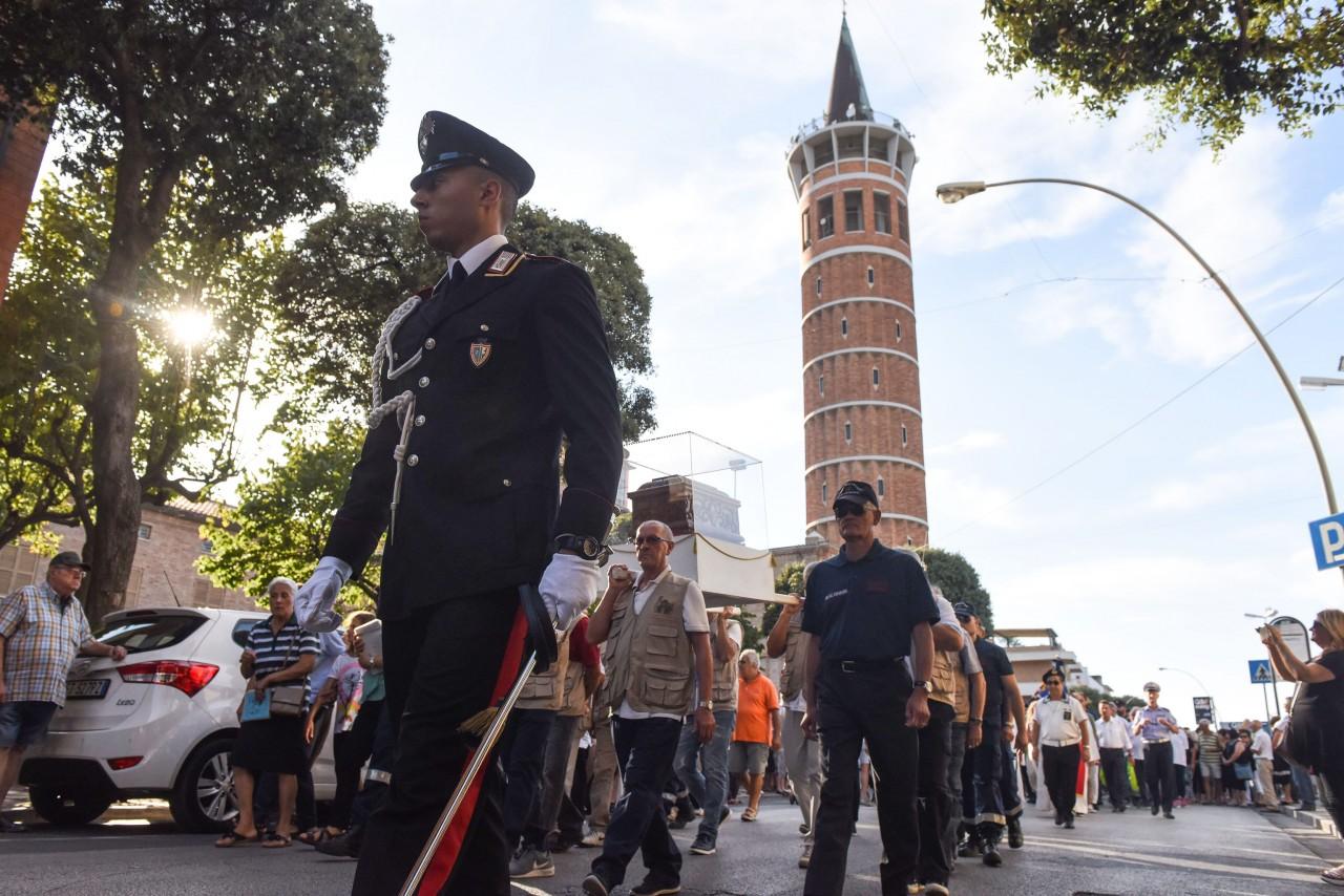 processione-in-mare-san-marone-2017-cristo-re-civitanova-FDM-4