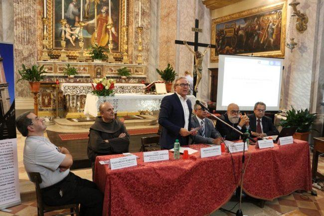 Convegno-Sacra-Sindone-Treia-15-09-2017-2-650x433