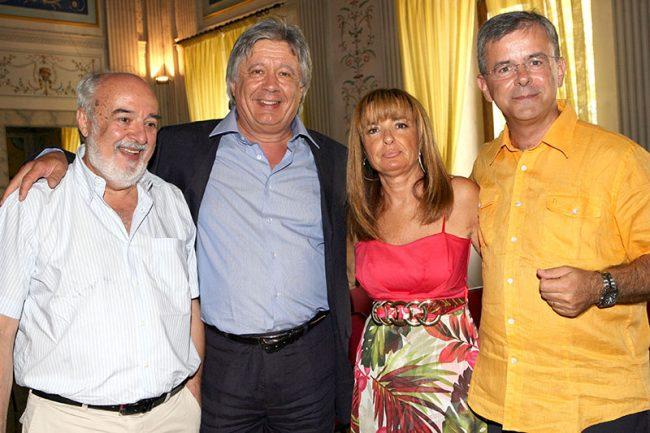 I-presidenti-Amis-dal-1992-fino-ad-oggi.-Alfredo-Mancini-Enrico-Iesari-Mauro-Ragaini-e-la-segretaria-Marina-Leombruni-650x433