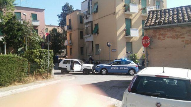 frontale-panda-volante-polizia-via-spalato