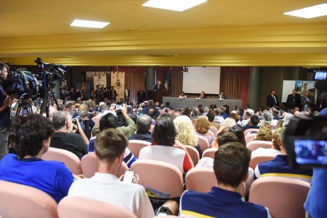 inaugurazione-scuola-con-gentiloni-sarnano-FDM-15-650x434