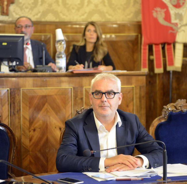 ConsiglioComunale_Carancini_FF-2-650x640