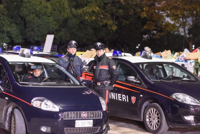 incendio-hotel-house-carabinieri-porto-recanati-FDM-17-650x434