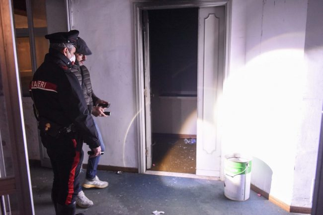 incendio-hotel-house-vdf-carabinieri-porto-recanati-FDM-4-650x434