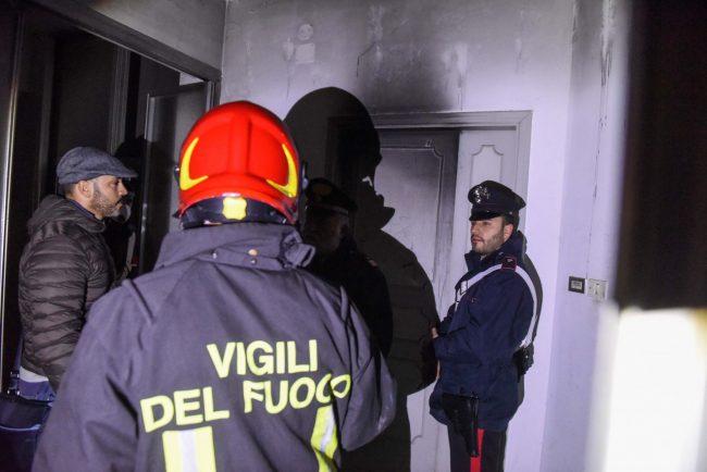 incendio-hotel-house-vdf-carabinieri-porto-recanati-FDM-8-650x434