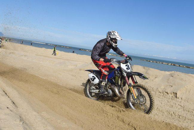 motocross-on-the-beach-spiaggia-civitanova-FDM-11-650x434