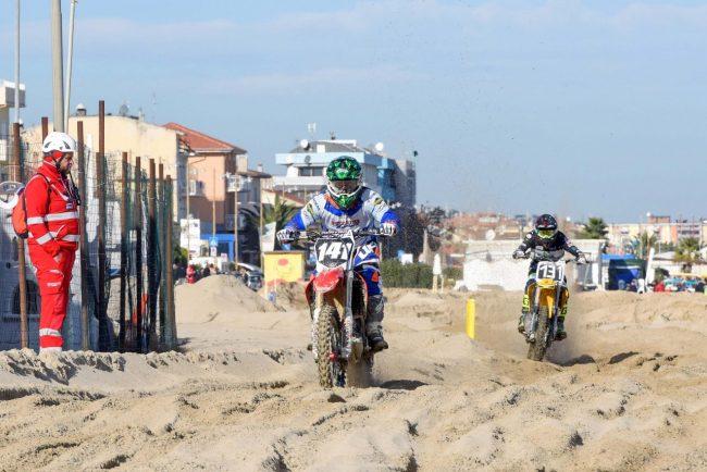 motocross-on-the-beach-spiaggia-civitanova-FDM-4-650x434