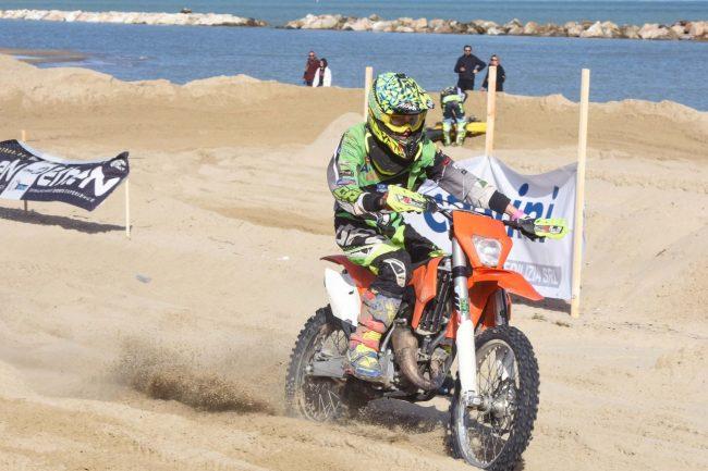 motocross-on-the-beach-spiaggia-civitanova-FDM-5-650x433