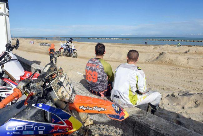 motocross-on-the-beach-spiaggia-civitanova-FDM-8-650x434