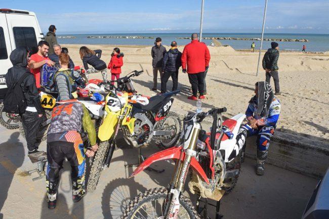 motocross-on-the-beach-spiaggia-civitanova-FDM-9-650x434