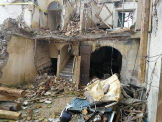 caldarola-sisma-macerie-terremoto-1-325x244