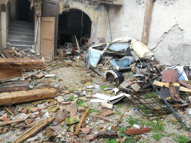 caldarola-sisma-macerie-terremoto-2-650x488
