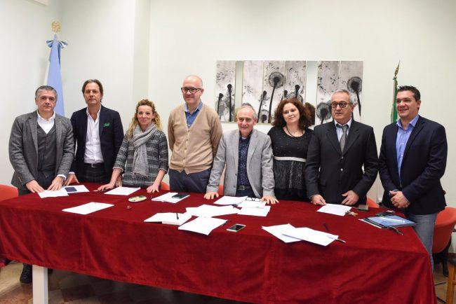 conferenza-fine-anno-amministrazione-comunale-civitanova-FDM-1-650x434
