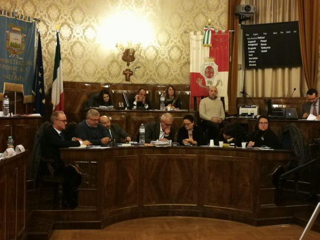 consiglio-comunale-macerata1-650x488