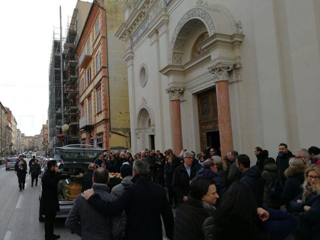 funerale-gianferro1-650x488