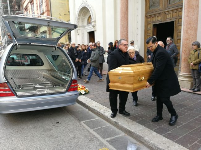 funerale-gianferro2-1-650x488