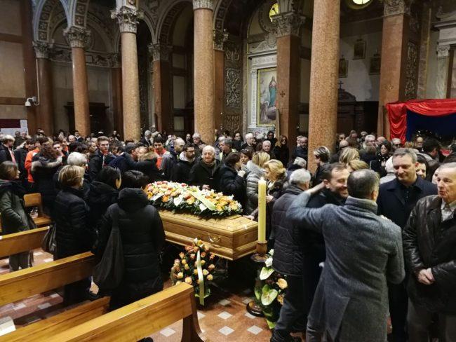 funerale-gianferro3-1-650x488