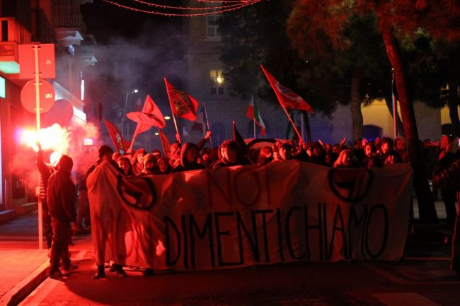 manifestazione-antifascista-2017-civitanova-12-650x433