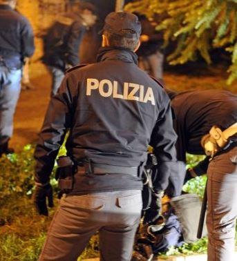 polizia-archivio-arkiv-notte