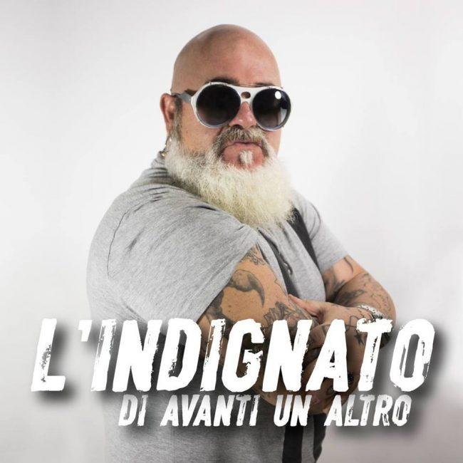 LO-CASCIO-INDIGNATO