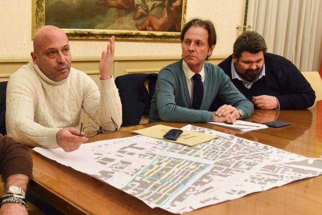 incontro-su-parcheggi-in-centro-de-florio-cognigni-mobili-civitanova-FDM-5-650x434