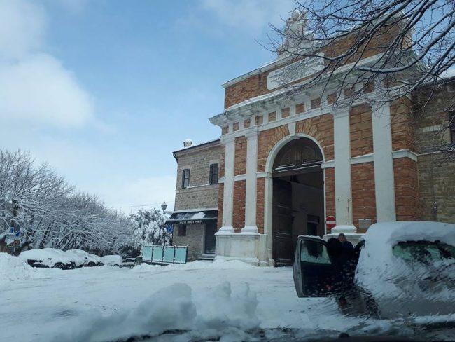 Cingoli-neve-febbraio-2018-Andrea-Contoni-650x488