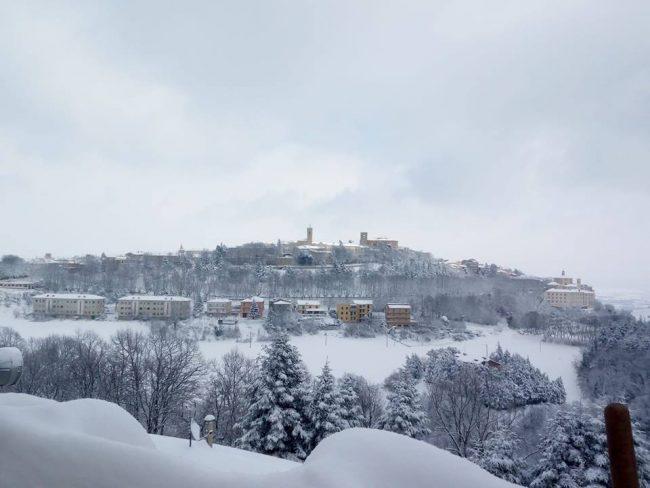 Cingoli-neve-febbraio-2018-Giusy-Nocelli-650x488