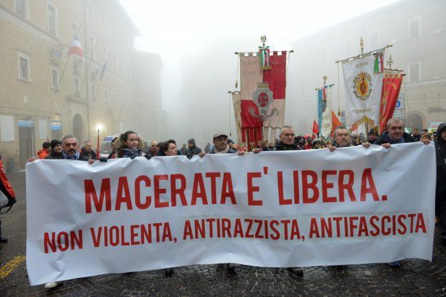 Manifestazione_MacerataELibera_FF-14-650x434