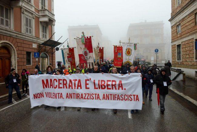 Manifestazione_MacerataELibera_FF-24-650x434