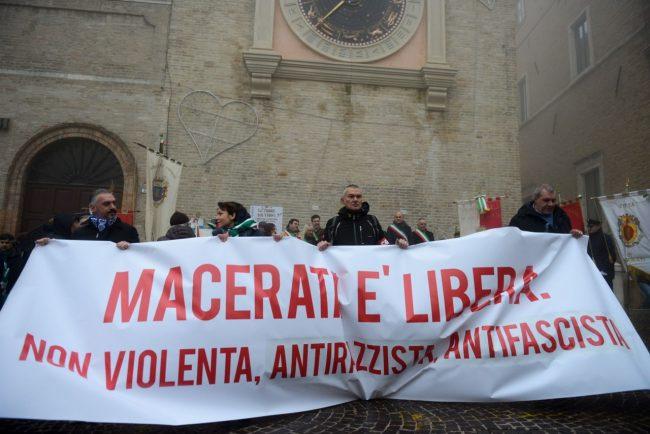 Manifestazione_MacerataELibera_FF-6-650x434