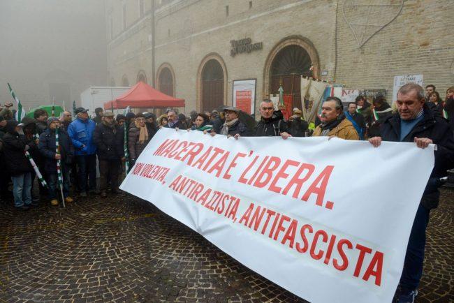 Manifestazione_MacerataELibera_FF-8-650x434