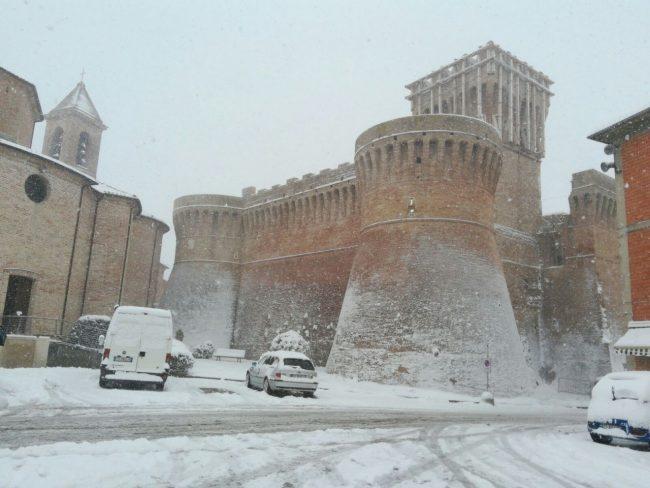 Urbisaglia-neve-1-650x488