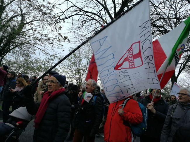 corteo-antifascista-manifestazione-1-650x488