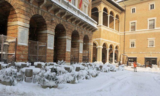 del-brutto-neve-macerata-1-650x390