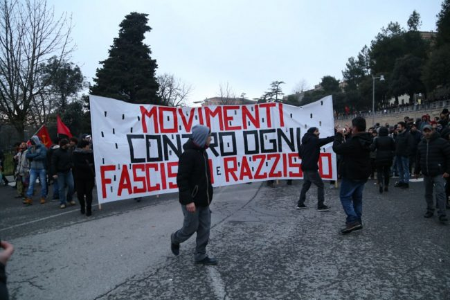 manifestazione-corteo-antifascista-2-650x433