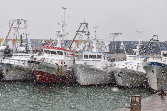 neve-barche-porto-civitanova-FDM-10-650x433
