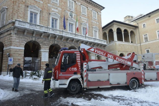 neve-interventi-vigili-del-fuoco-macerata-6-650x434