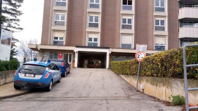 ospedale-macerata-sparatoria-4-650x366