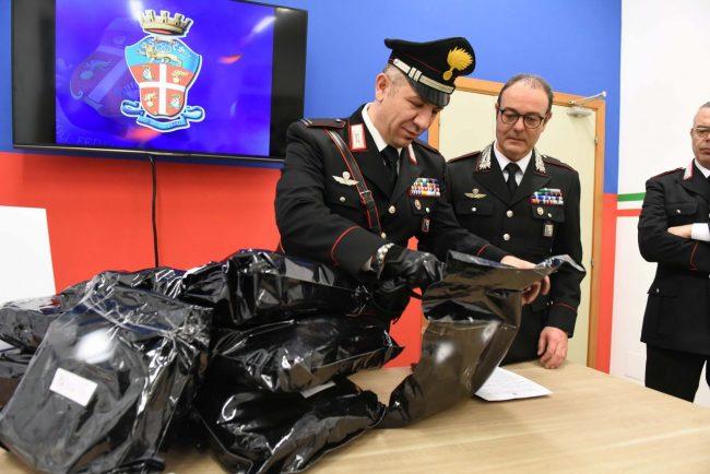 sequestro-droga-carabinieri-civitanova-FDM-7-650x434