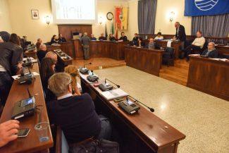 consiglio-comunale-marzo-2018-civitanova-FDM-6-325x217