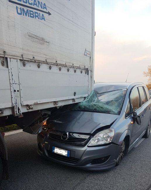 incidente-superstrada-3-517x650