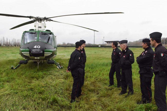 blitz-hotel-house-elicottero-carabinieri-porto-recanati-FDM-6-650x434