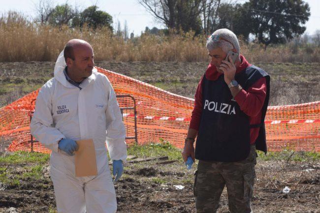scavi-ritrovamento-ossa-scientifica-porto-recanati-FDM-6-650x433