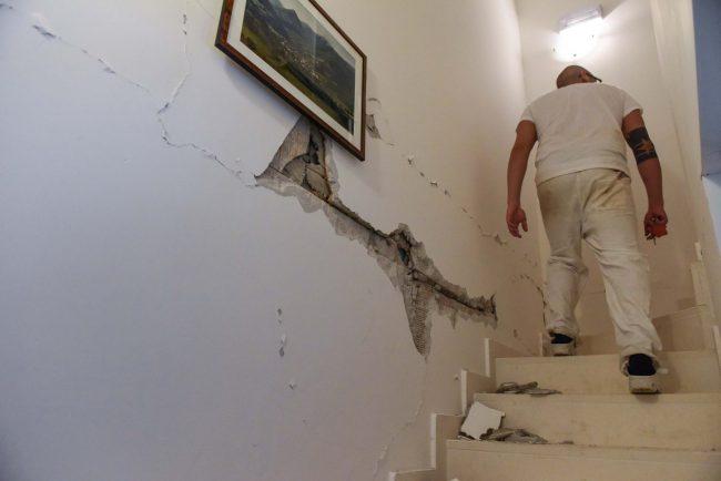 terremoto-10-aprile-2018-casa-nuova-danneggiata-pieve-torina-FDM-9-650x434
