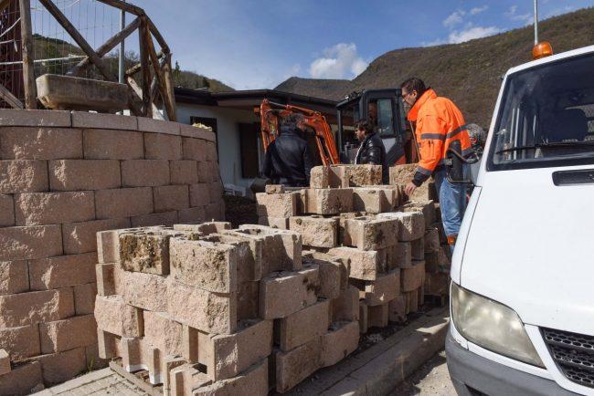 terremoto-10-aprile-2018-muro-contenimento-pieve-torina-FDM-2-650x434
