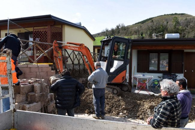 terremoto-10-aprile-2018-muro-contenimento-pieve-torina-FDM-3-650x434