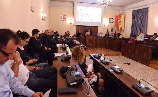 consiglio-comunale-maggio-2017-civitanova-FDM-5-650x399
